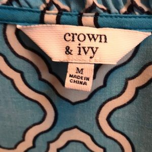 Crown & Ivy Tunic Style Blouse Sz Med